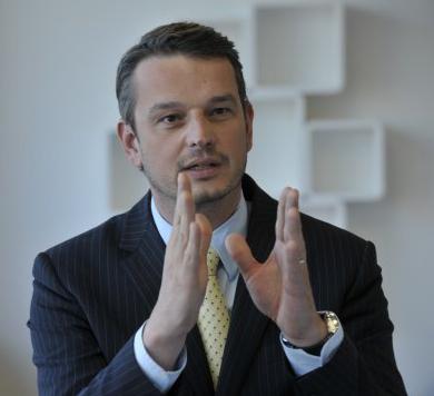 Dr. Henirich Arnold, CEO, Detcon